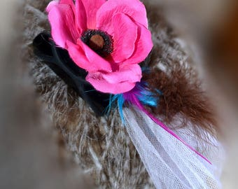 Barrette hair clip, Fascinator, big hair clip with feathers