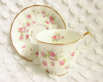 Vintage Paragon China Chintz Rose Teacup Victoriana Rose