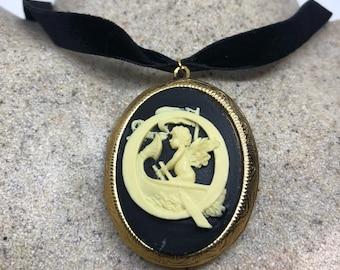 Vintage bronze Deco Etched angel cameo Locket