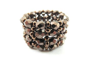 Ring bronze faceted glass beads