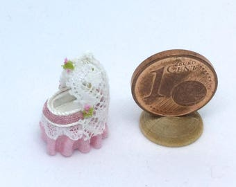 precious silk and lace cradle various colors 1/144 scale