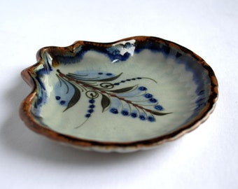 Ken Edwards Pottery Dish