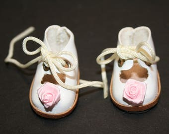 """Doll shoes; French style; white with pink rosettes; lace up; 1-3/4"""" soles; sc-02"""