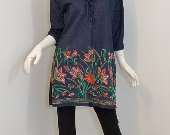 Denim blouse with embroidered border (size: US 6-8)