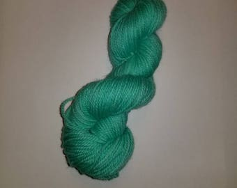 "hand-dyed 100% wool yarn ""Totally Teal"""
