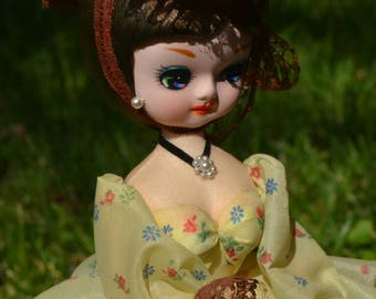 Vintage Bradley Southern Belle Doll Brunette Yellow Floral Dress Big Eyes Stockinette Doll with Stand