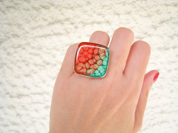 Pink and green ombré resin ring, multicolor psychedelic glass ring, big chunky square ring, coachella tie dye boho chic, color block jewelry