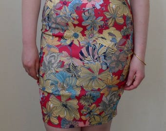 Vivid and colorful floral print pencil skirt- S/M