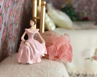 Miniature Lady Figurine, Dollhouse Accessory, Decor, Dollhouse Miniature, 1:12 Scale, Lady In Pink, Topper, Crafts, Embellishment
