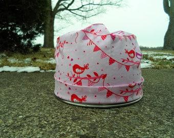 Women's Pixie Style Scrub Hat (Valentine's Love Birds)