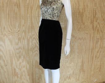 Vintage 1960's VICKY VAUGHN Cotton Velvet Metallic Floral Bombshell Wiggle Dress XS S Small