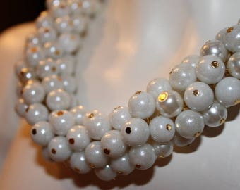 white pearl jewelry, white pearl necklace, white beaded jewelry, white beaded necklace, necklace white pearls, pearl jewelry white, white