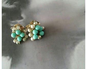 Vintage 50s Earrings, beads, clip on.