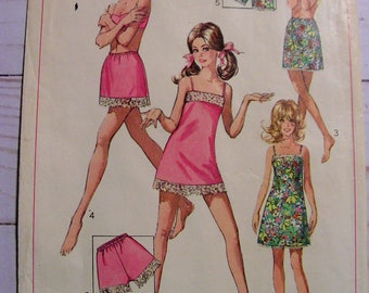 Slip, Half Slip, Petit-pants | Misses Lingerie | Simplicity 7693 | Misses 14 bust 36 | cut used complete vintage 1960's sewing pattern