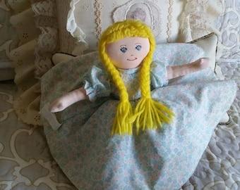 Goldilocks and the three bears vintage doll