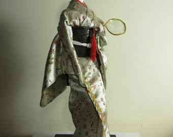 Beautiful Japanese Geisha Doll