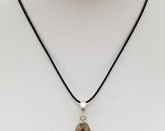 Green Calcite Pendant Necklace, Free Shipping (E17177), Green Calcite and Sterling Silver Necklace, Pendantlady.pq