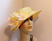 Woman's Parasisal Straw Travel Hat/Collapsible Yellow