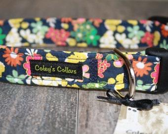 "Dog Collar, Floral Dog Collar, Retro Dog Collar, Girl Dog Collar, Boy Dog Collar, Navy Dog Collar, ""The Retro Dream"""