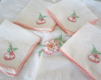 Vintage Tablecloth and Napkin Set Pink Applique Flowers with Pink Tatting Pretty Luncheon Linens