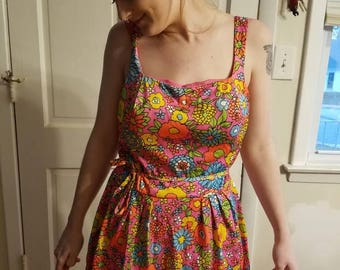 1960s Sirena California Skirted Bathing Suit, Floral, Flower Power, Size 12