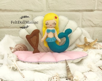 PDF Pattern. The Mermaid with her harp. Felt Doll. PDF pattern and Tutorial. Fairy tale pattern. The little mermaid.