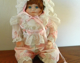 """14"""" Holly Hunt Red Haired Porcelain Doll - """"Cookee"""" - Tiny Treasures Collection - 1993"""