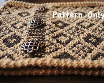 Puzzle Cowl Pattern -- It has a two color diamond pattern in the cowl. A perfect project for gift ideas.