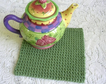 Square Green Crochet Pot Holder - Handmade Cotton Potholder - Retro Hotpad Greenery Kitchen Decor