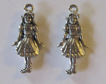 Alice In Wonderland/Dorothy of OZ Charms - 2 Silver Pewter Charms (QB18)