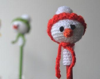 Snowman pencil topper, amigurumi snowmen's head pencil cozy, Christmas gift, Stocking gift