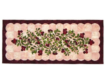 Wildfire Designs Alaska Cranberry Flower Table Runner Applique Quilt Pattern