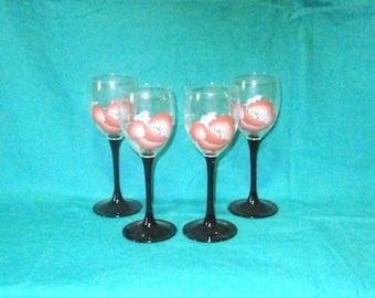 4 wine glasses w. red a. blue blossom pattern/printed pattern/vintage/glassware/France