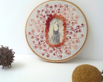 Free style hand embroidery hoop art, featured in Sew Somerset summer 2015, home decor french knot stitch wall art, Vintage portrait III