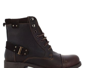 Vandana boot for women.