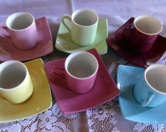 French vintage set of 6 coffee/expresso cups ane saucers