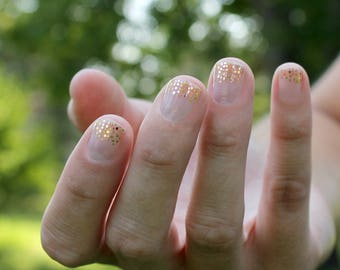 Gold Bailey Nail Wraps