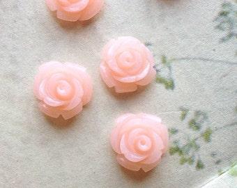 10 mm Light Peach Color Garden Rose Resin Flower Cabochons  (.tc)