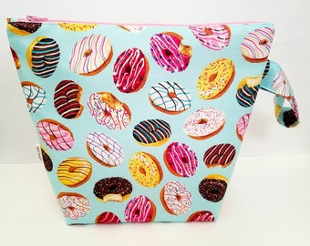 Donut Project Bag, Medium Project Bag, Knitting Bag, Crochet Bag, Knitting Pouch, Accessory Pouch, Travel Pouch, Knitting Project Bag