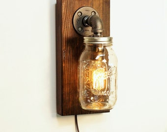 Mason Jar sconce lamp/Rustic home decor/Sconce lamp/Industrial lamp/Steampunk light/housewarming gift/gift for men/Bedside lamp/Rustic decor