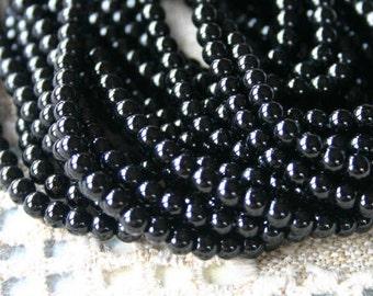 100pcs 4mm Black Onyx Natural Gemstone Beads 16 inches Strand