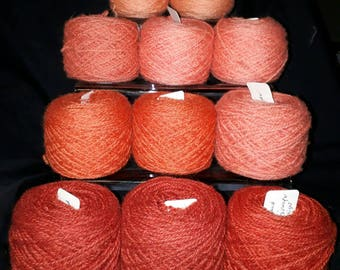 Madder naturally dyed Shetland wool, ideal for Fairisle knitting and other colour work. Available in 25g balls.