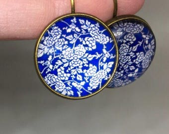 Paisley Blue and White Dangly Earrings