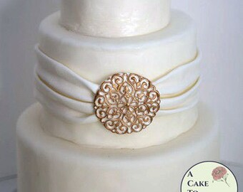 "Filigree wedding cake edible brooch, 2.5"" across. Sugar brooch cake bling, edible cake jewels,  sugar gems, gumpaste brooch"