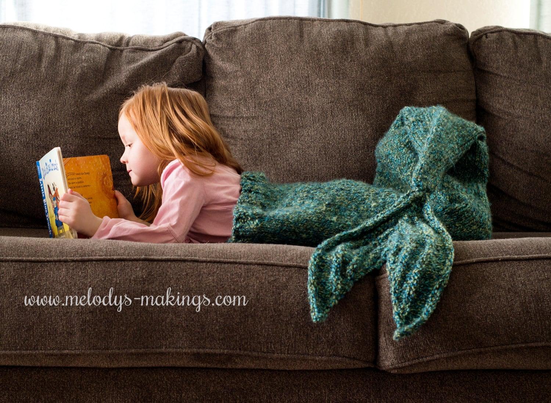 Child mermaid tail blanket knitting pattern mermaid tail zoom bankloansurffo Choice Image