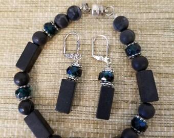 Blackstone and green crystal bracelet