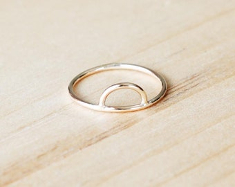 R1094 Gold Filled Half Circle Cut Out Ring