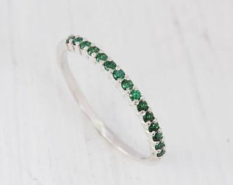 diamond engagement rings emerald band carat set flower wedding white matching gold ring vintage stacking round