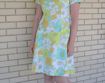 60s tropical floral print dress, vintage dress blue and green, 1960s mod clothing, size small, short sleeve day dress