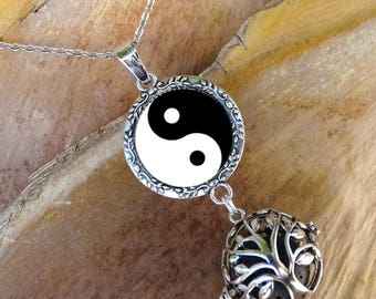 Ying yang, ying yang necklace, aromatherapy, essential oil diffuser necklace, tree of life, lava stone